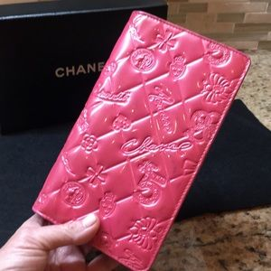 CHANEL Coco Number 5 Wallet
